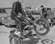 barry-sheen-wheely-1015x1024